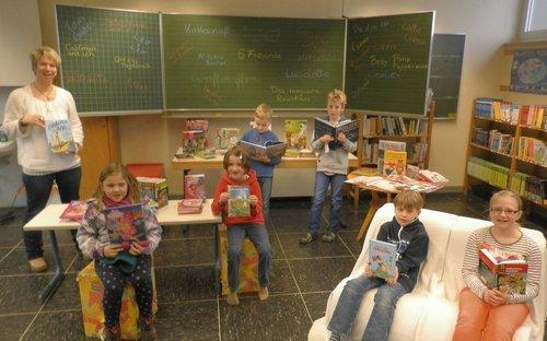 Neue Bücher für die Schulbücherei Gerlingen